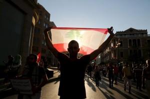 2015-08-29T171039Z_01_LBN05_RTRIDSP_3_LEBANON-CRISIS-POLITICS